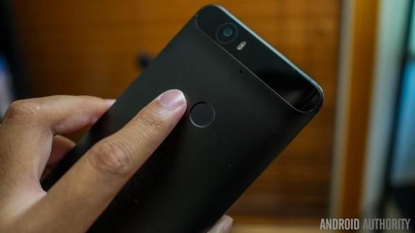 "Android 7.0 发布时间曝光!Google 还为原生相机准备了个""新功能"""